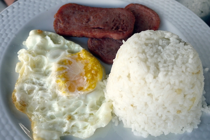 Traditional Filipino breakfast with rice, egg, and spam. | Photo credit: Leslie